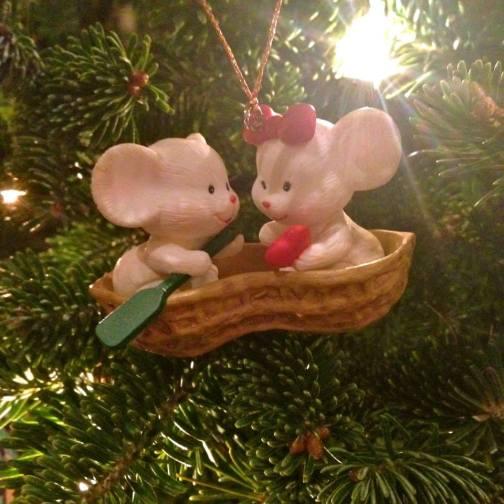 Mice in a Peanut Boat